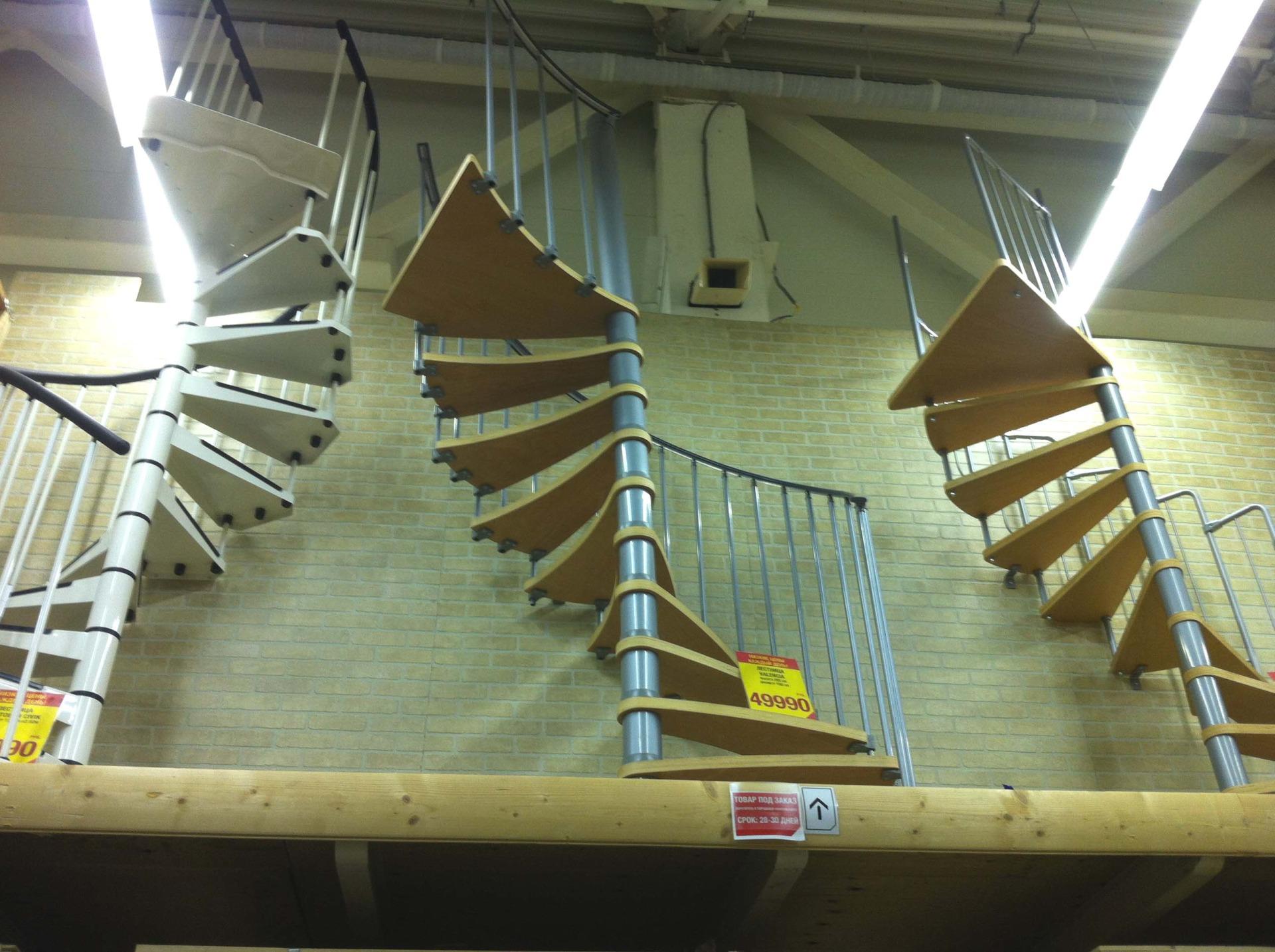 Цены на готовые винтовые и маршевые межэтажные лестницы для дома в Краснодаре